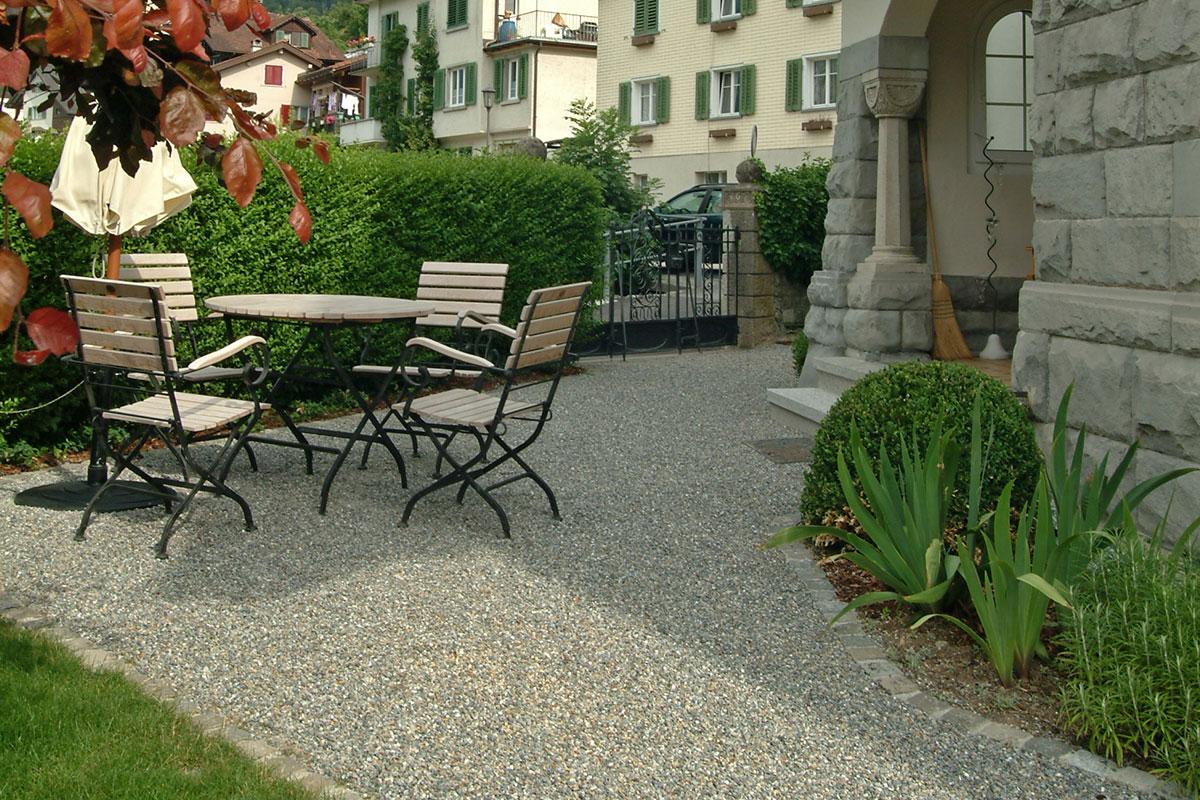 Garten Beläge in Herrliberg Küsnacht Zollikon von Egli
