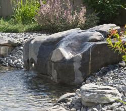zollikon-wassergarten-wasserfindling